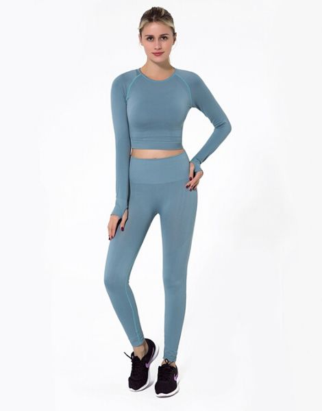 Wholesale Breathable Sportswear Set Manufacturers